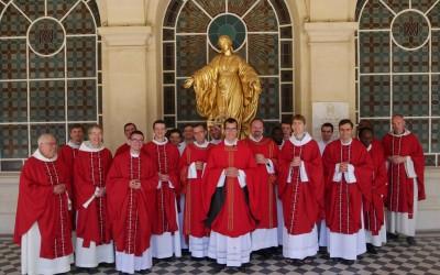 Messe de fin d'année avec les nouveaux prêtres